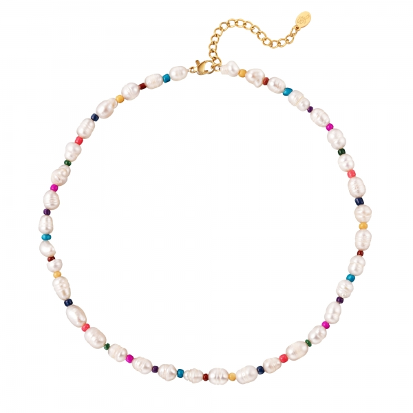 Necklace pearls and beads