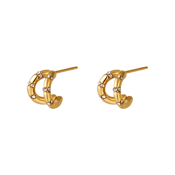 Earrings with diamond detail