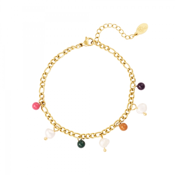 Bracelet colored charms