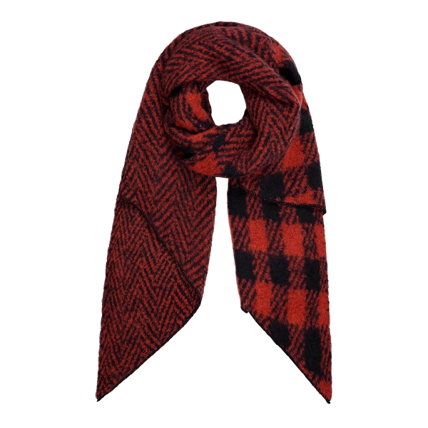 Checkered scarf