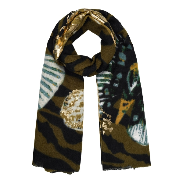Scarf stay gold