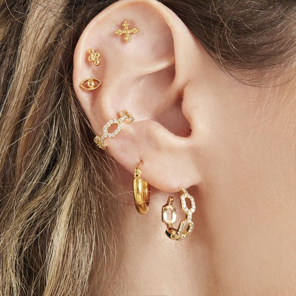 Earrings diamond linked