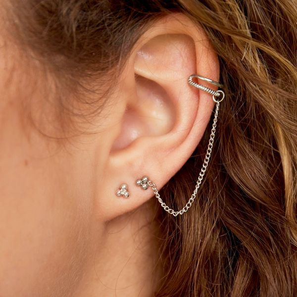 Stainless steel ear cuff with chain
