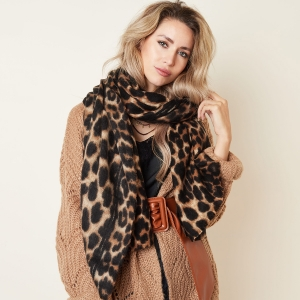 Scarf Wild at Heart