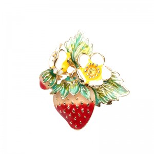 Brooch Sticky Strawberry