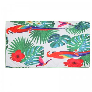 Beach Towel Long Parrot Jungle