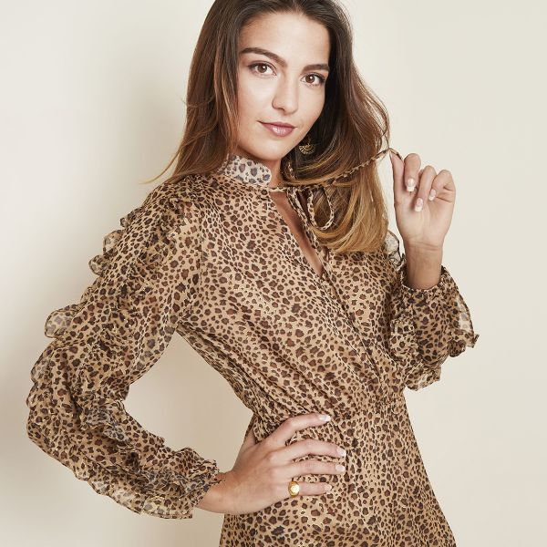 Robe leopard girl