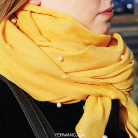 Scarf Color and Pearl