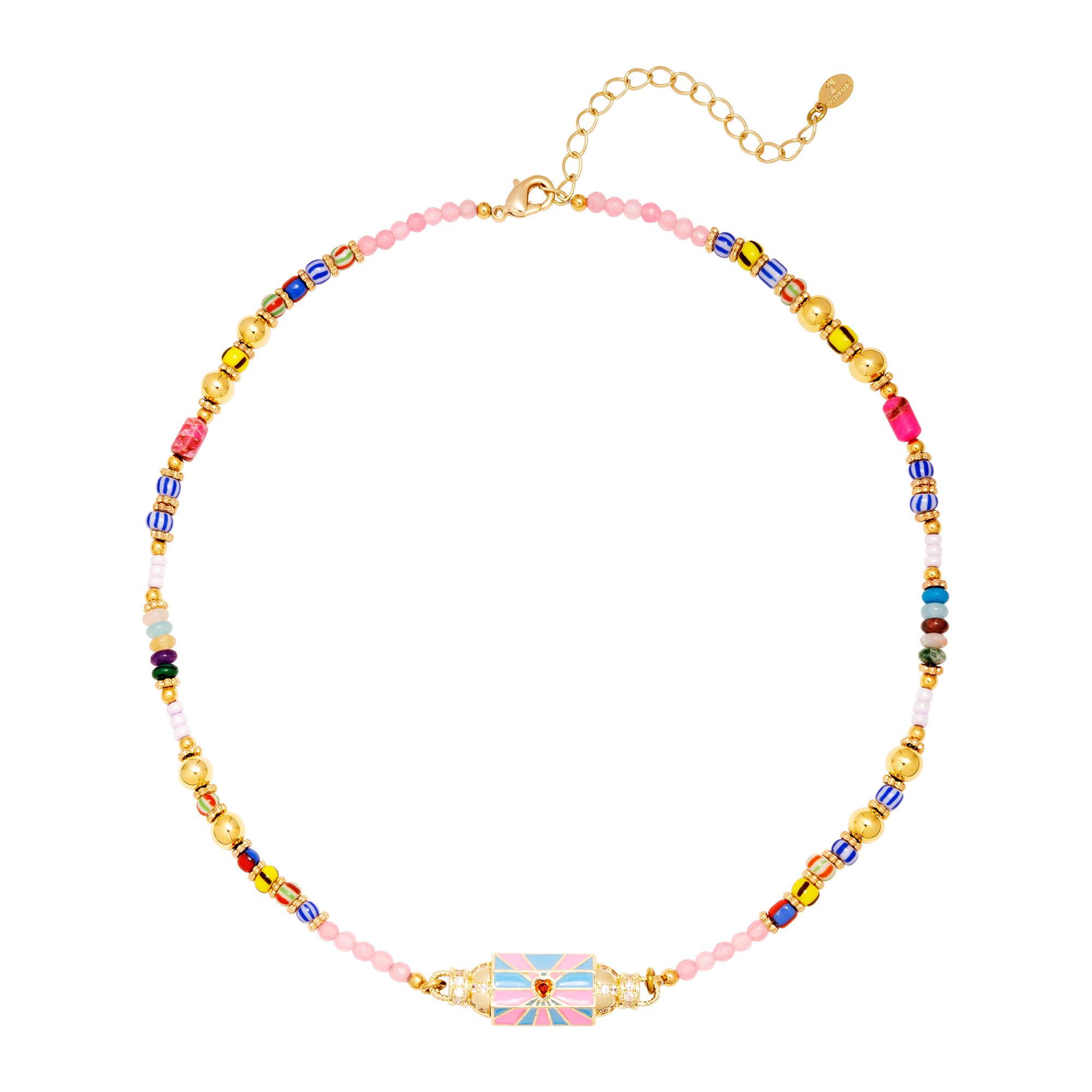 Collier de perles colorées avec perle