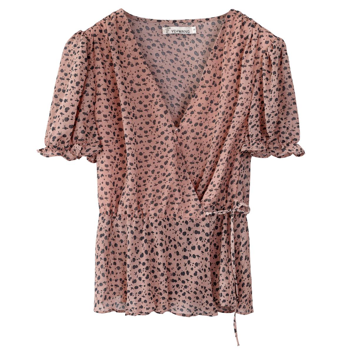 Eingewickelte bluse mit kurzen Ärmeln