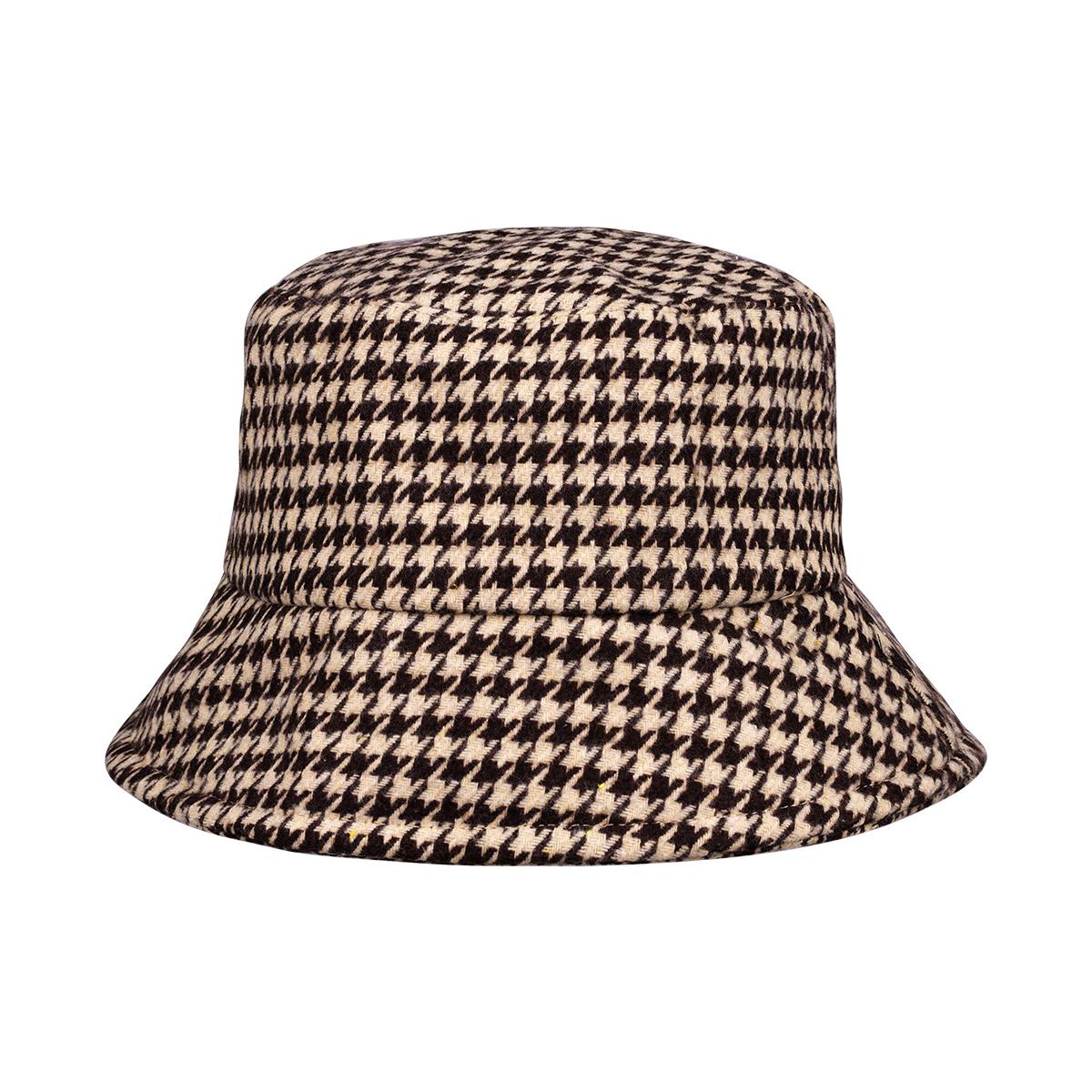 Sombrero de pescador a cuadros